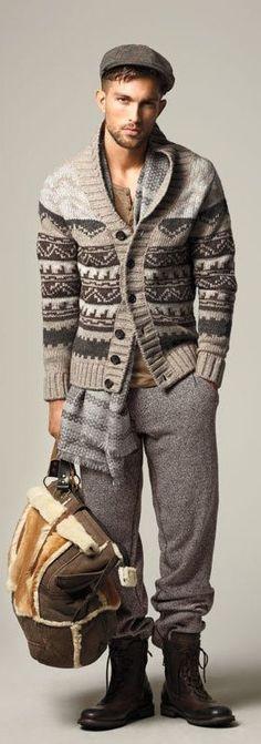 Jaquetas e casacos masculinos. Veja looks com parkas, blazers, tricot. Saiba onde comprar e como usar - Fashion Bubbles + Rovella & Schultz Sharp Dressed Man, Well Dressed Men, Sweater Fashion, Men Sweater, Tacky Sweater, Sweater Scarf, Scarf Hat, Wool Cardigan, Mode Man