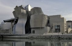 Frank Gehry, Guggenheim Museum, 1991–1997. Bilbao, Spain.©2012 Frank Gehry. (8S-29748)