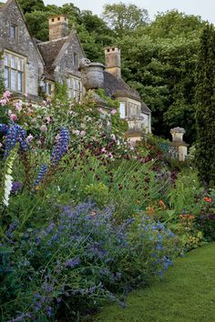 545 best Garden Inspiration images on Pinterest in 2018 | Garden art ...