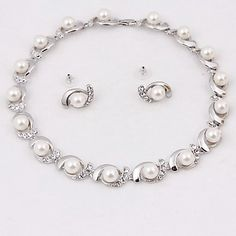 Sweet crystal immitation pearl earrings + necklace jewelry set only @ 35!