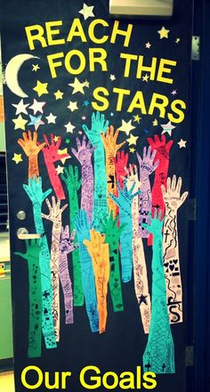 Second Grade Thrills: First Day Goal Setting-beginning of school year OR January Space Classroom, Classroom Bulletin Boards, School Classroom, Classroom Themes, Classroom Organization, Classroom Door Decorations, Classroom Display Boards, Space Theme Decorations, Space Bulletin Boards