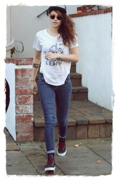 Kristen Stewart Street Style Looks 5>> I could pin every picture of hers and they'd be my style