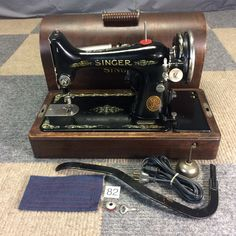 SERVICED WORKS PERFECTLY 1927 SINGER 99 HEAVY DUTY SEWING MACHINE BENTWOOD CASE #Singer