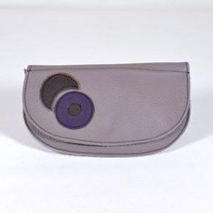 Two Cut // Produkte Saddle Bags, Bluetooth, Label, Products, Blue Tooth, Molle Pouches