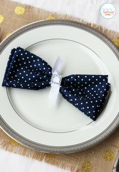 DIY Bow tie place settings – too cute!