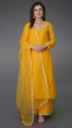 Sunglow Yellow Zardozi and Crystal Work Farshi Palazzo Suit Kurta Designs Women, Salwar Designs, Blouse Designs, Dress Indian Style, Indian Dresses, Indian Outfits, Pakistani Dresses, Indian Wear, Pakistani Fashion Casual