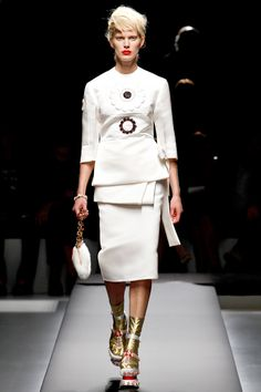Prada Spring 2013 RTW - Review - Fashion Week - Runway, Fashion Shows and Collections - Vogue - Vogue