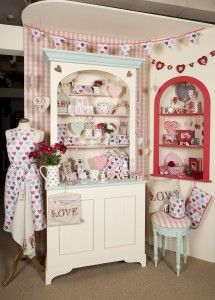 Gisela Graham » Gisela Graham Love Display