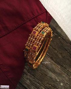 Jewelry Design Earrings, Gold Earrings Designs, Necklace Designs, Jewelry Art, Gold Bangles Design, Gold Jewellery Design, Gold Wedding Jewelry, Silver Jewelry, Crystal Jewelry