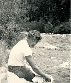 JAMES DEAN - down by the riverside teenaged I'VE NEVER SEEN THIS PICTURE BEFORE AHHG