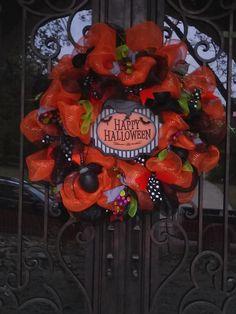 Elegant Halloween Wreath by HappyHomeDesign