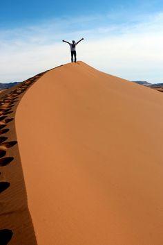 Op top of the world, in de Marokkaanse woestijn.