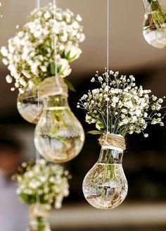 Wedding Decor Idea | Light Bulbs and Baby's Breath | Hanging Decor | Wedding DIY | Vintage Wedding Inspiration #weddingdecoration #diyrusticweddingtable