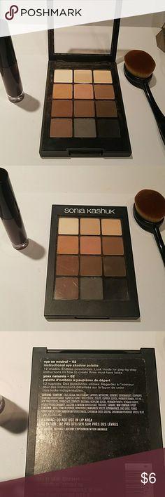 Sonia Kashuk Eye Shadow Palette 12 shades. Endless possibilities! Sonia Kashuk Makeup Eyeshadow