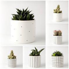accessories - flowerpots and vases-ZESTAW 2 doniczki duże 2 doniczki małe - Painted Plant Pots, Painted Flower Pots, Mini Plants, Potted Plants, Concrete Crafts, Diy Décoration, Diy Planters, Ceramic Planters, Cactus Flower