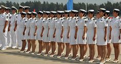 US Navy Uniforms for Females Us Navy Women, Military Women, Us Navy Uniforms, Girls Uniforms, Navy Military, Military Girl, Mädchen In Uniform, Victorian Costume, Female Soldier