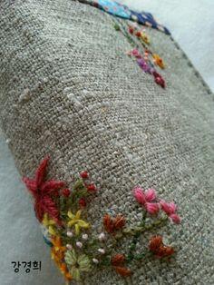 프랑스자수 성경커버 : 네이버 블로그 Embroidery Stitches, Shag Rug, Decor, Embroidery, Shaggy Rug, Decoration, Blankets, Decorating, Needlepoint Stitches