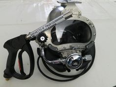 Cavitcleaner Evo2 gun and Kirby Morgan... the best for your underwater jobs!   Technology, efficiency and safety together.