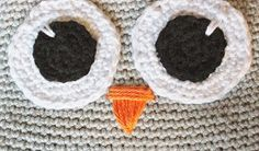 Create and Decorate: Pattern on crochet owl Crochet Owl Pillows, Crochet Birds, Crochet Animals, Owl Crochet Pattern Free, Free Pattern, Knitted Owl, Origami, Crochet Earrings, Projects To Try