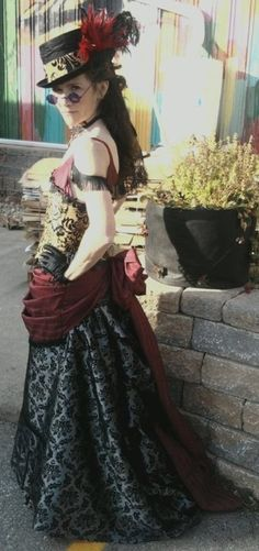 Steampunk girls with nice curves Steampunk Couture, Steampunk Diy, Steampunk Clothing, Steampunk Fashion, Steampunk Outfits, Steampunk Halloween, Steam Girl, Steam Punk, Sience Fiction