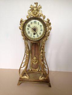 French Bronze Dorée Art Nouveau clock manufactured by Japy Frères circa 1900.