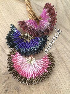 Bead Jewellery, Seed Bead Jewelry, Seed Beads, Beaded Jewelry, Beaded Bracelets, Jewelry Patterns, Beading Patterns, Beadwork Designs, Beaded Ornaments