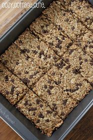 Cozy.Cottage.Cute.: Homemade Granola Bars w/ Recipe