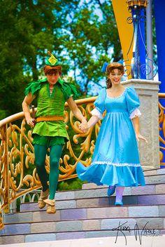 Peter and Wendy Cute Disney, Disney Dream, Disney Girls, Disney Magic, Disney Face Characters, Disney Movies, Disney Peter Pan, Peter And Wendy, Disney Cosplay