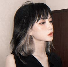 Two Color Hair, Hair Color Streaks, Hair Dye Colors, Shot Hair Styles, Long Hair Styles, Hair Inspo, Hair Inspiration, Hair Color Underneath, Asian Short Hair