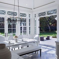 contemporary dining room by Markay Johnson Construction - love the transom windows! Outdoor Spaces, Outdoor Living, Outdoor Decor, Indoor Outdoor, Chevron Floor, Chevron Tile, Navy Chevron, Tiny Studio Apartments, Dining Room Table Centerpieces