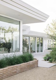 Take a look at this significant picture as well as visit the here and now ideas on Exterior House Renovation Exterior Colors, Exterior Design, Interior And Exterior, Exterior Signage, Exterior Siding, Exterior Lighting, Exterior Paint, Outdoor Spaces, Outdoor Living