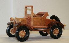 Autos fabricados a detalle en Madera | Quiero más diseño