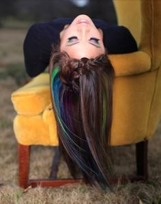 Oil pastels and hairspray = temporary color for brunettes  My question is what works better oil pastels or chalk?