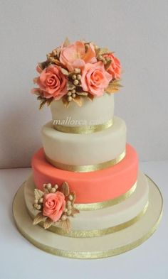 coral peach wedding cake - Cake by mallorcacakes