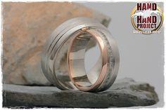 A legtöbb jegygyűrű szép, de sablonos. Az egyedi jegygyűrű, más. A saját kezűleg készített egyedi jegygyűrű, elmondhatatlan. Próbáljátok ki!