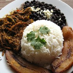 Receta del pabellón criollo venezolano - Charvenca | Blog | Nuevas recetas Food Art, Mashed Potatoes, Plant Based, Clean Eating, Food And Drink, Rice, Yummy Food, Favorite Recipes, Dinner