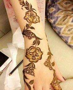Best Arabic Mehndi Designs, Indian Henna Designs, Floral Henna Designs, Latest Henna Designs, Henna Tattoo Designs Simple, Back Hand Mehndi Designs, Mehndi Designs Book, Modern Mehndi Designs, Mehndi Designs For Girls