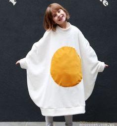 DIY Funny fried egg costume for kids (free sewing tutorial) // Vicces tükörtojás jelmez gyerekeknek (szabásmintával) // Mindy - craft tutorial collection // #crafts #DIY #craftTutorial #tutorial