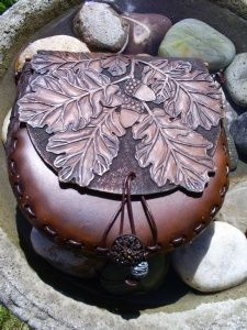 hand carved oak and acorn sporran with Celtic details