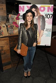 Rachel Bilson: Vintage hat, Vanessa Bruno jacket, and Miu Miu bag! This look is amazing!