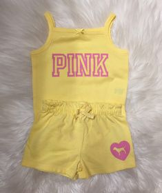 Love PINK inspired baby girl clothes outfit Liebe ROSA inspirierte Baby Mädchen Kleidung Outfit Category: Products This image has get. Cute Lazy Outfits, Cute Baby Girl Outfits, Cute Swag Outfits, Pink Outfits, Baby Outfits Newborn, Toddler Outfits, Baby Pink Clothes, Luxury Baby Clothes, Designer Baby Clothes