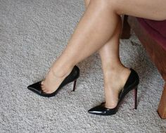 Sexy Stilettos for men & women in small & large sizes. Buy sexy shoes here. Sexy Legs And Heels, Platform High Heels, Black High Heels, High Heel Boots, High Heel Pumps, Pumps Heels, Stiletto Heels, Sexy Stiefel, Talons Sexy
