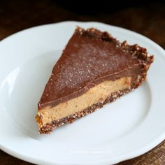 Salted Date Caramel, Chocolate Pie with Almond Coconut Crust. Vegan Glutenfree No Bake - Vegan Richa