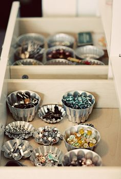 Organize Your Jewelry in Molds