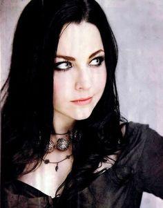 Amy Lee (Evanescence) - amy-lee Photo