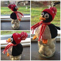 Pingvin og snemand lavet af Mika   Jeg er med i nogle grupper på facebook, der handler om strik og hækling. Derinde støder jeg af og til p...