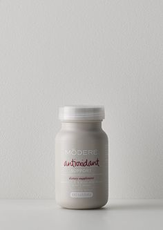 Antioxidant | A powerful blend of fat and water-soluble antioxidantsdesigned to work throughout your body, supporting your cells' defences.