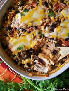 Southwestern Salsa Chicken Casserole von Baking with Blondie - Hähnchen Salsa Chicken Casserole, Casserole Dishes, Baked Chicken With Salsa, Casserole Recipes, Taco Casserole, Canned Chicken, Great Recipes, Dinner Recipes, Favorite Recipes