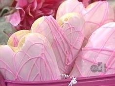Kneader's Sugar Cookies - http://www.abc4.com/mostpopular/story/Kneaders-Sugar-Cookies/tE2aCurRMU6kN_GXt_f8Qw.cspx
