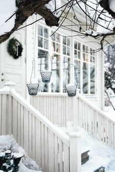 A perfect White Christmas. I Love Winter, Winter Snow, Winter White, Winter Porch, Hello Winter, Christmas Love, Winter Christmas, Outdoor Spaces, Outdoor Living